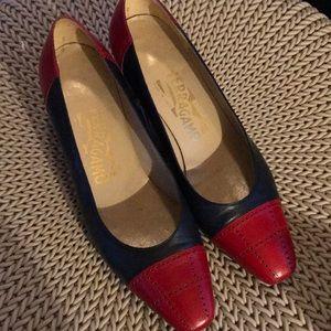 Vintage Salvatore Ferragamo shoes 6.5 b red blue